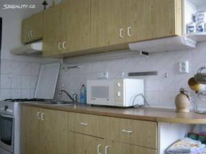 Prodej bytu OV 3+1 po částečné rekonstrukci ve Valašském Meziříčí.