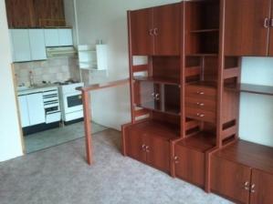 Prodej bytu 1+kk Vsetín, Sychrov - střední část sídliště.